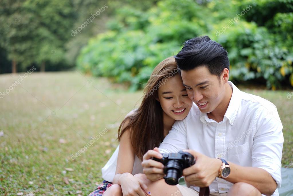 Камера знакомства скачать познакомиться с девушкой для серьёзных отношений