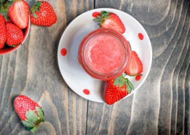 Strawberry smoothie - strawberry juice (healthy drink)