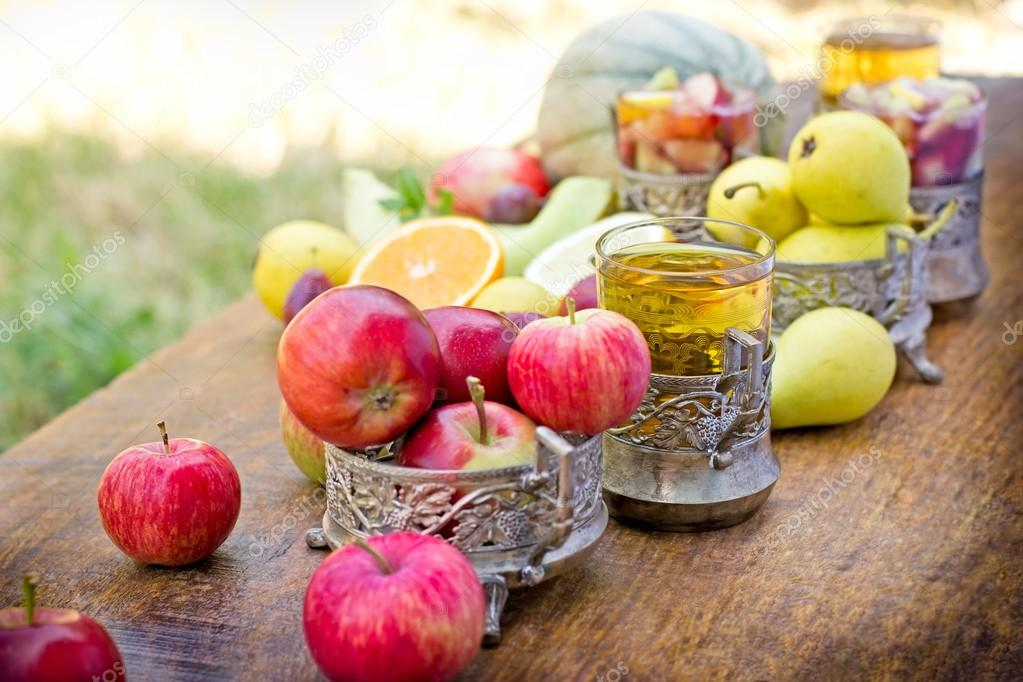 Refreshing drinks, (beverages) cider and sangria