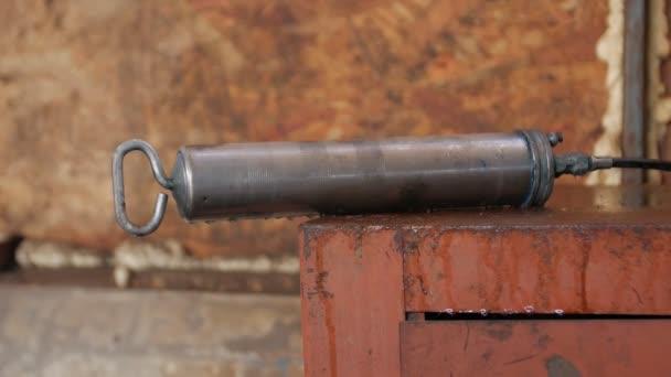 Autoservisní mazací pistole