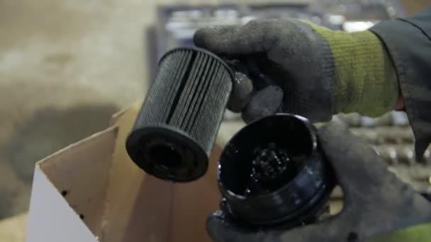 Špinavý olejový filtr