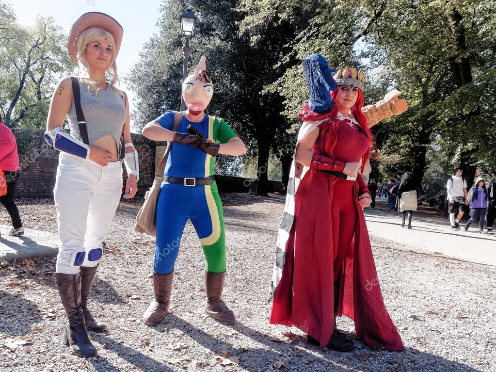 LUCCA, ITALY - November 11:   masks cartoon characters at Lucca