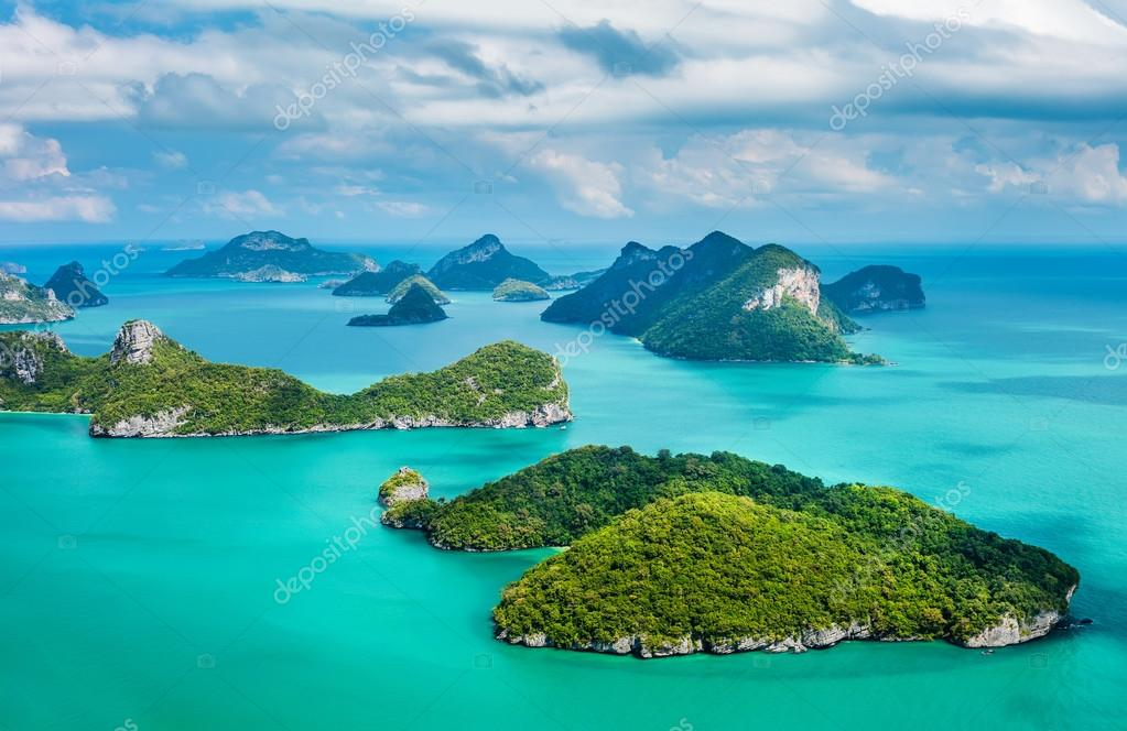 islands in Ang Thong National  Park.