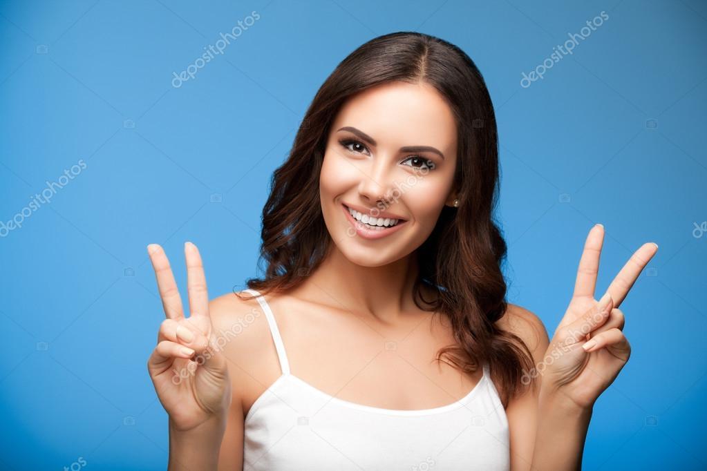 то, зачем на фото показывают два пальца круто, погрели