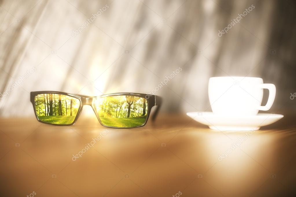Фотообои Sunglasses with forest reflection