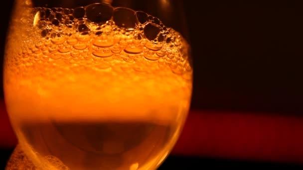 Luftblasen im Glas