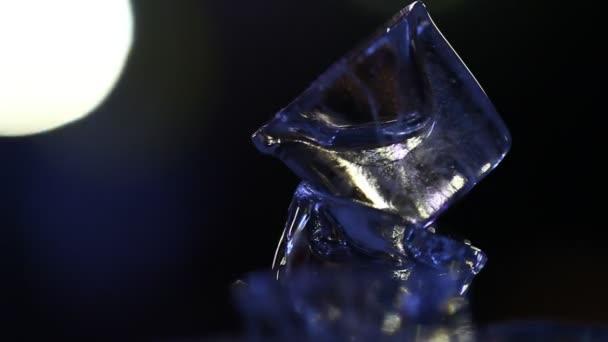 Közelkép a jeget a kocsmában