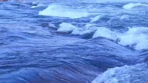 Vodní vlny v denní světlo