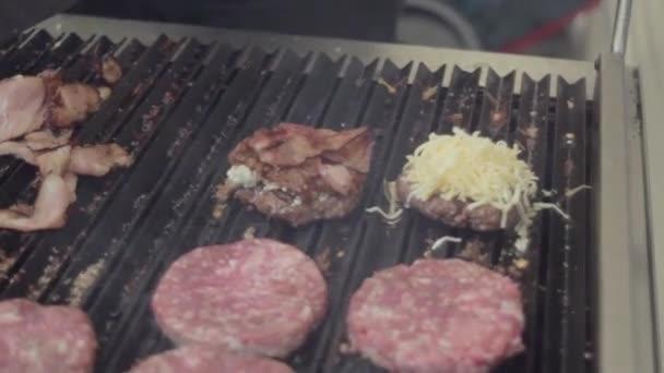 Výroba hovězího masa karbanátky