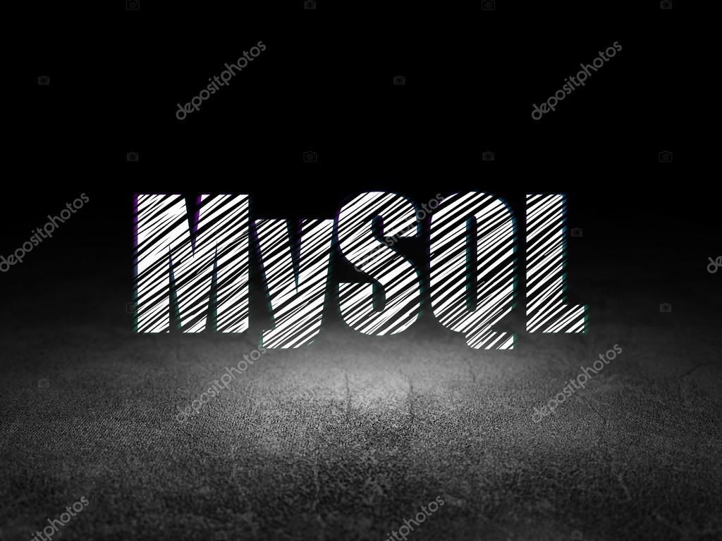 Concepto de programación: Mysql en cuarto oscuro de grunge — Fotos ...