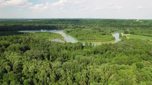 A Dráva és a Mura folyó torkolata Podravina régió légi kilátójában, Horvátország és Magyarország határán