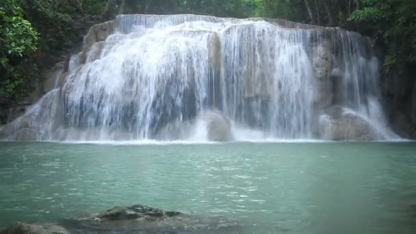 Vodopád názvy Erawan level 3, národní Park, Kanchanaburi, Thajsko