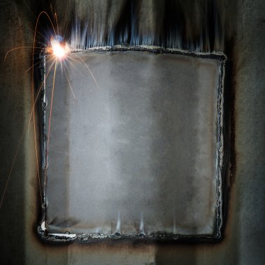Welding bead from container wall repair