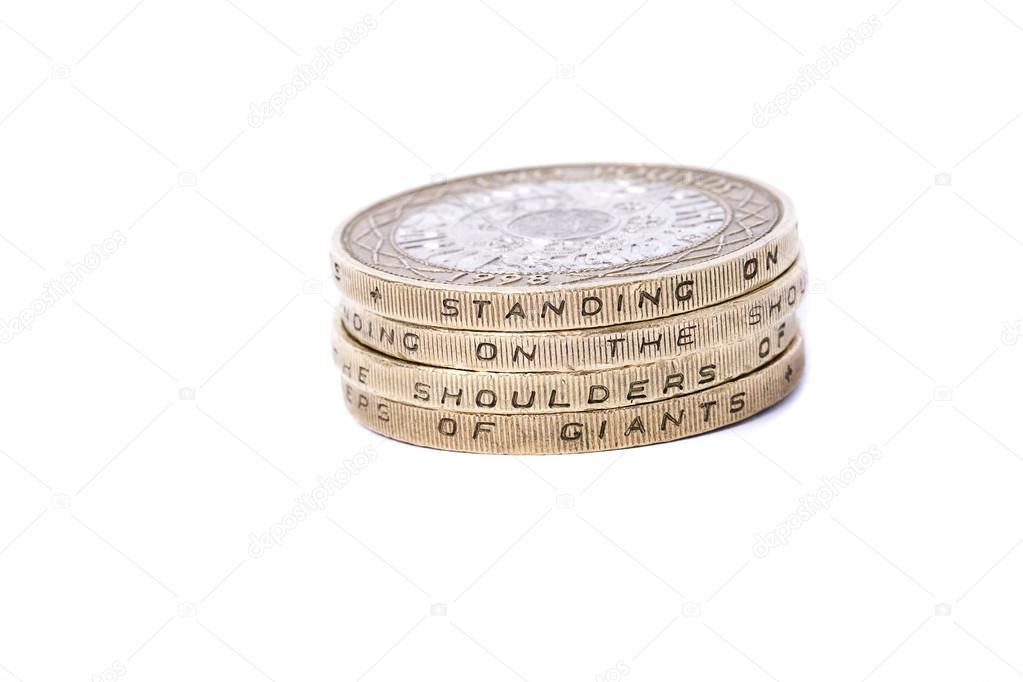 2 Pfund Münzen Zeigen Devise Stehen Auf Den Schultern Von Riesen