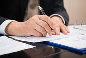 podnikatel psaní dokumentu
