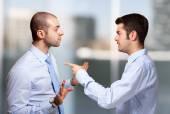 üzletember szidás egy kolléga