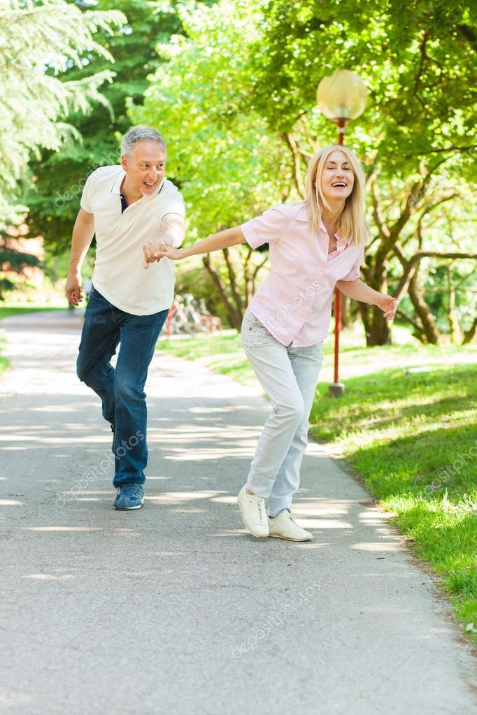 couple running outdoor