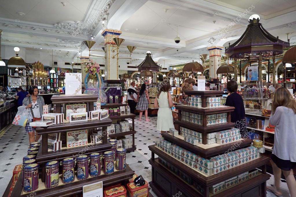 Harrods Kaufhaus Interieur, Bonbons und Süßigkeiten Bereich, in ...