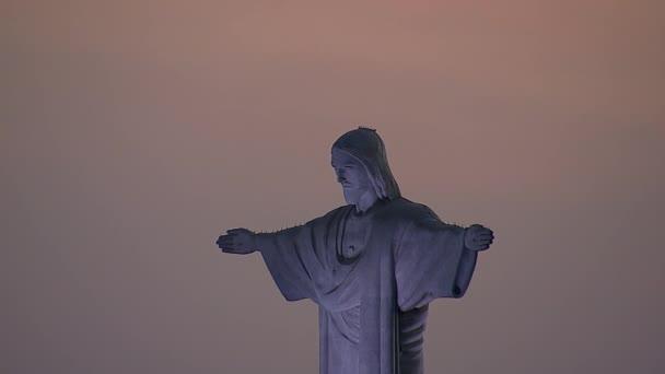 Kristus Redemeer socha s nebe