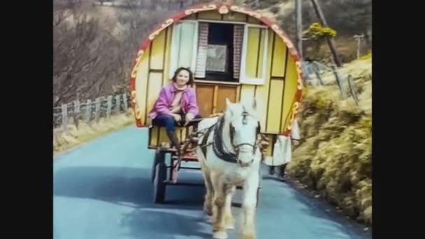 Španělsko 1967, cikán s kočárem a koněm