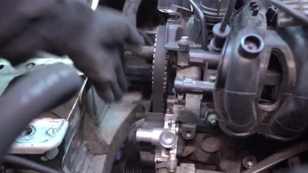 Engine repair detail 2