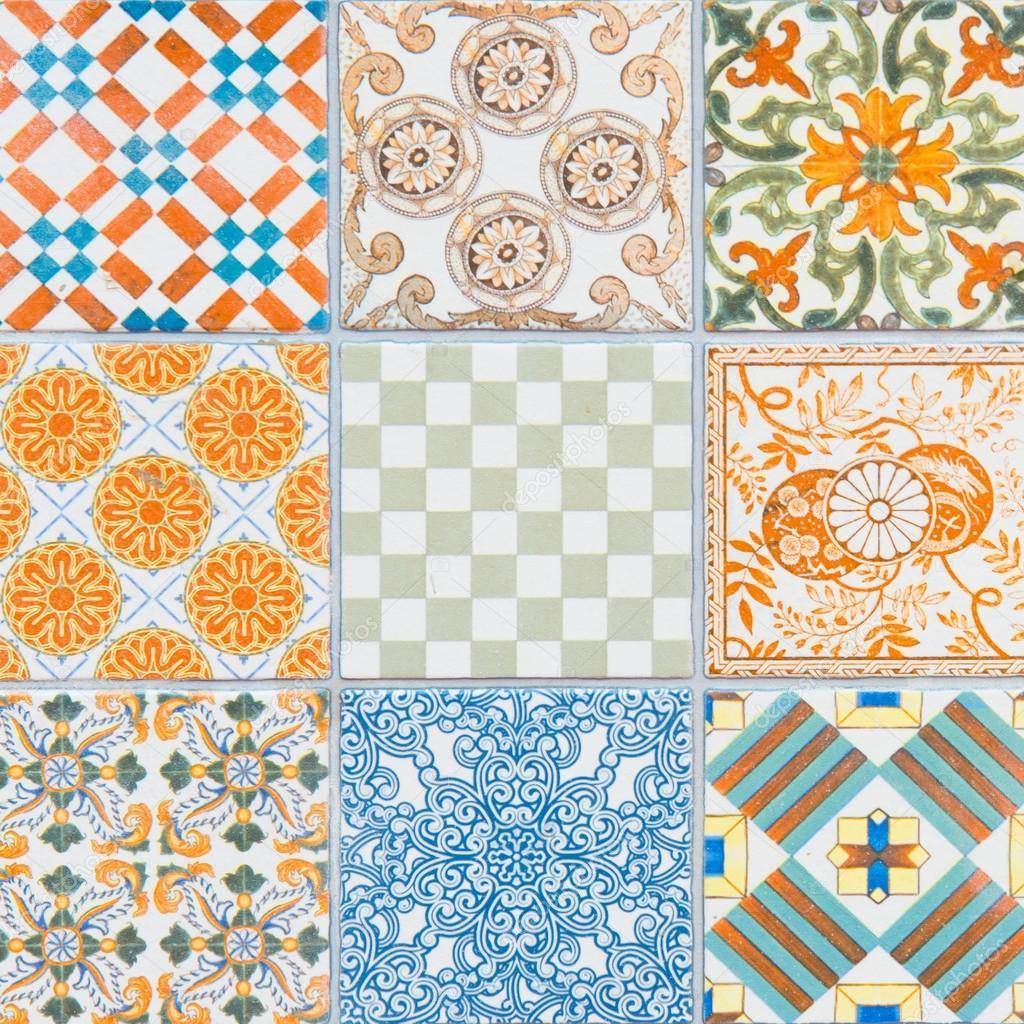 Padr es de azulejos de portugal fotografias de stock for Azulejos de portugal