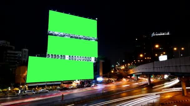 Prázdná obrazovka zelené reklamní Billboard, pro reklamu, časová prodleva