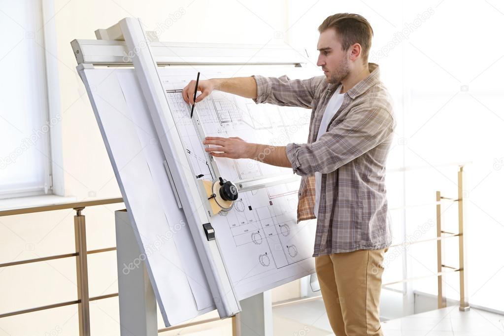Masculinos arquitetos trabalhando em projetos - Cm arquitectos ...