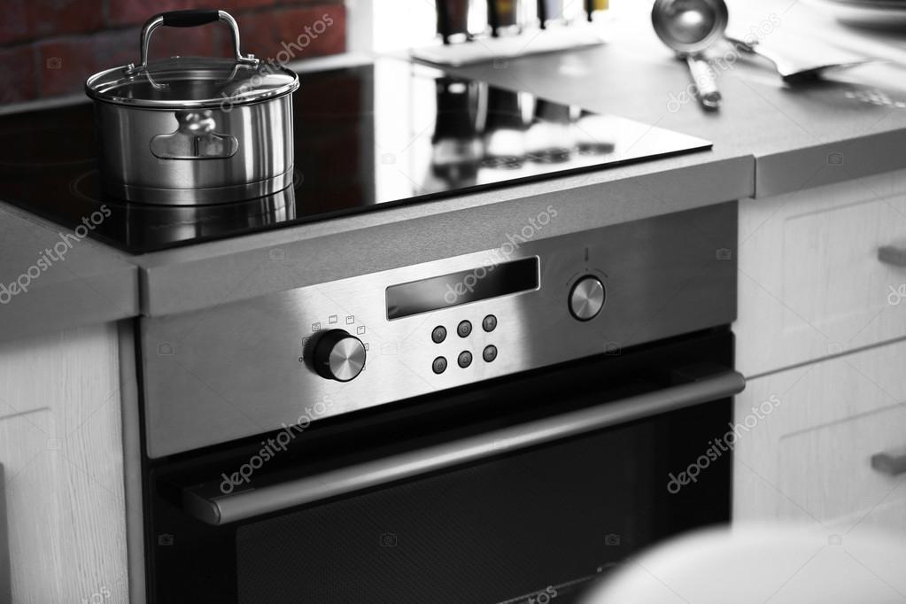 Moderna Cocina El Ctrica Foto De Stock Belchonock