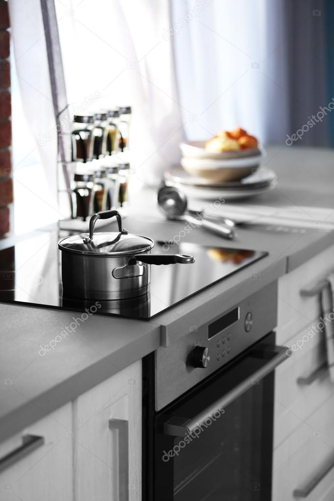 Modern Kitchen Table With Electric Stove U2014 Stock Photo