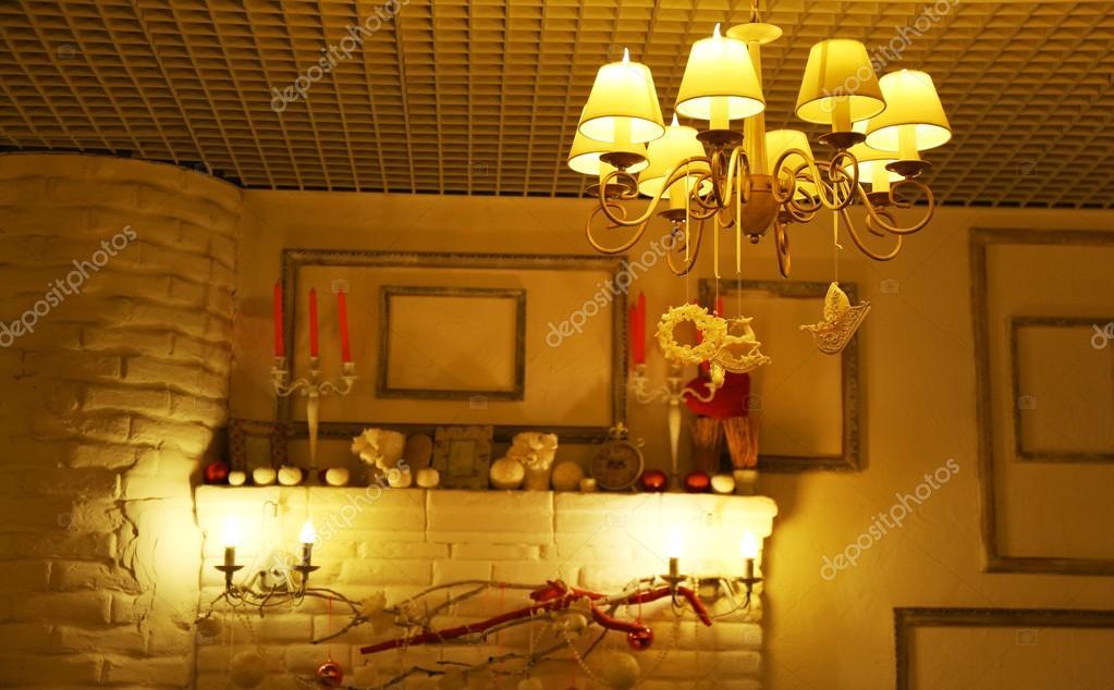 Gezellig interieur in het restaurant — Stockfoto © belchonock #105172416