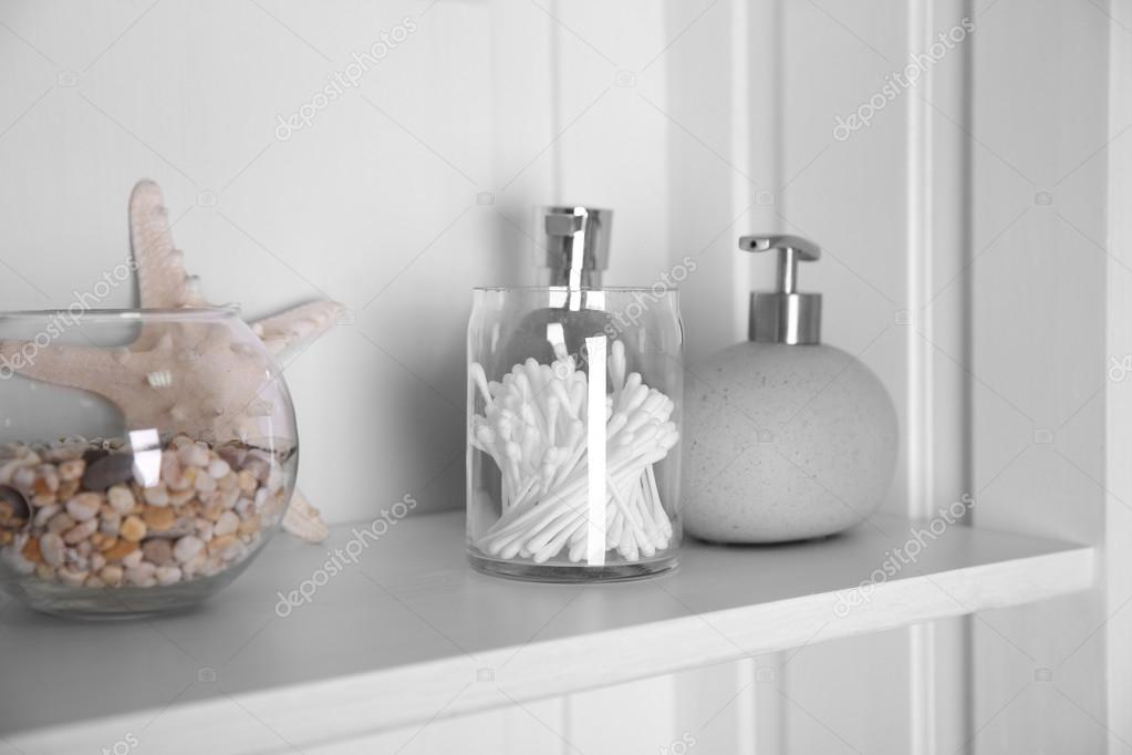 Set con le stelle marine bagno dispenser u foto stock