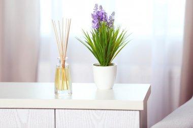 Handmade reed freshener with flower