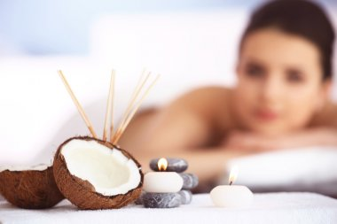 Spa set with coconut and aroma sticks