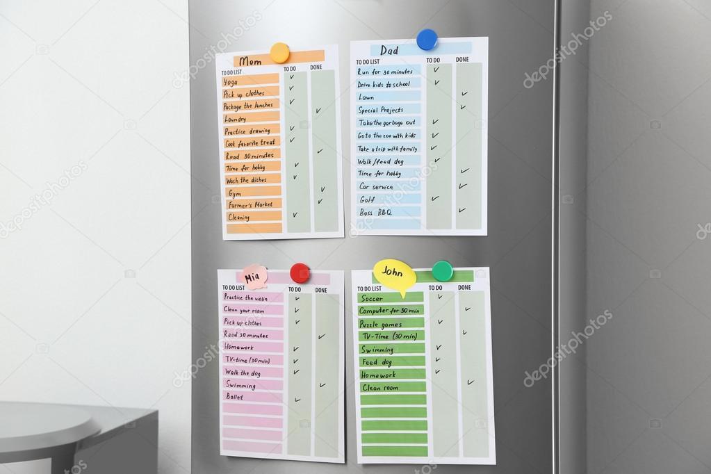 Kühlschrank Planer : To do listen auf kühlschrank u2014 stockfoto © belchonock #117723762