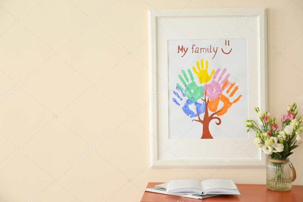 Familia huellas en marcos — Fotos de Stock © belchonock #118558046