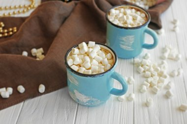 Mugs of hot cocoa drink