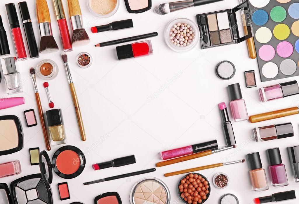 Где купить профессиональную косметику для макияжа в казани купить пупа косметика официальный
