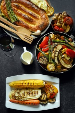Tasty dishes of grilled vegetables