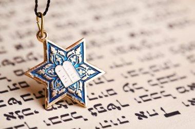 Star David pendant