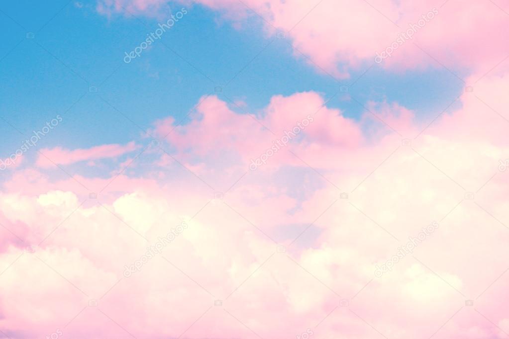 Fondo De Cielo Azul Con Nubes Rosas