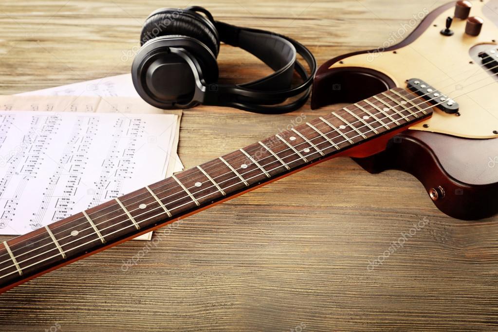 guitare electrique avec casque