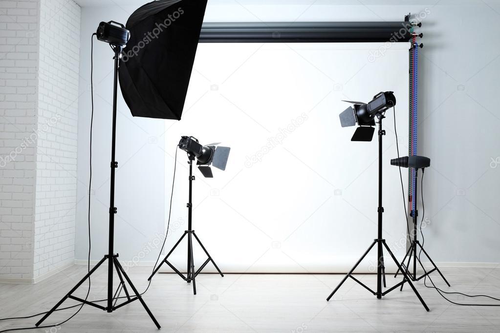 подходит для световое оборудование в фотостудии как работает сдаваться плен