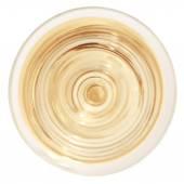 Sklenka vína izolovaných na bílém pohled shora