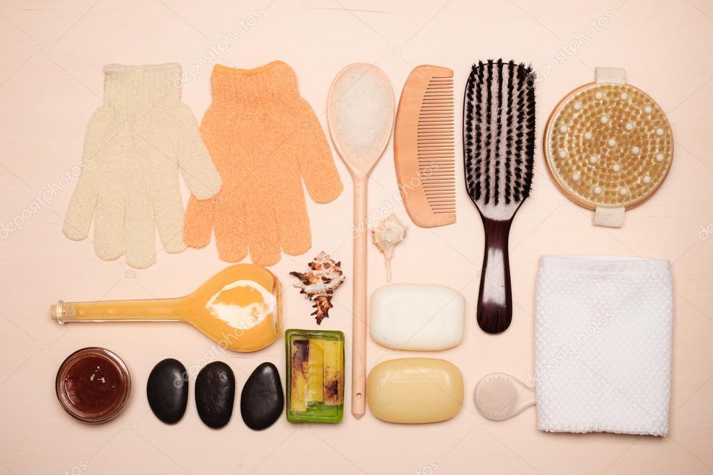 Impostare per la cura del corpo di pelle, accessori da bagno — Foto ...
