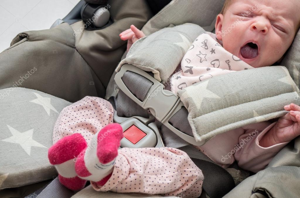 Baby Girl Infant Car Seats: Newborn Baby Girl In A Car Seat