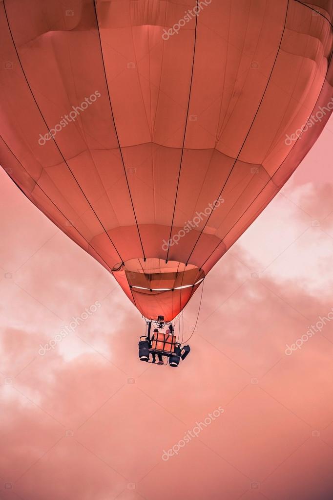 Air Balloon closeup flying