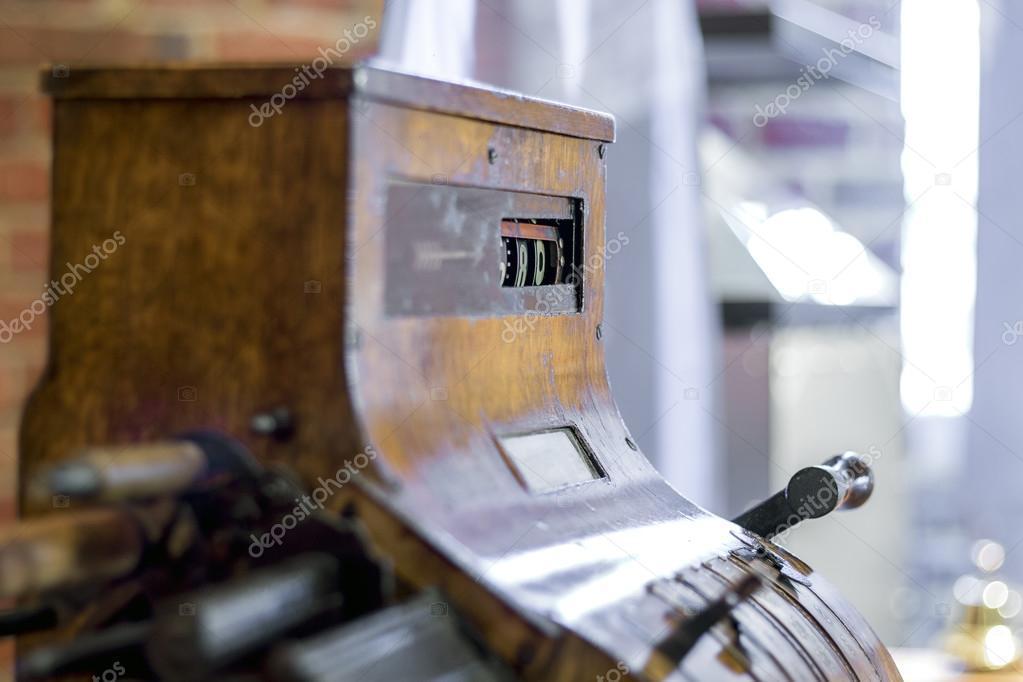 старинный кассовый аппарат стоковое фото Sopotniccy