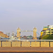 View to Tower Bridge over River Thames in London Стоковая Картинка