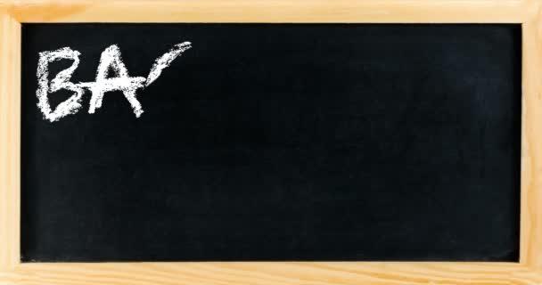 animace s rámem tabule s zapsány zpět do školy, školní koncepce